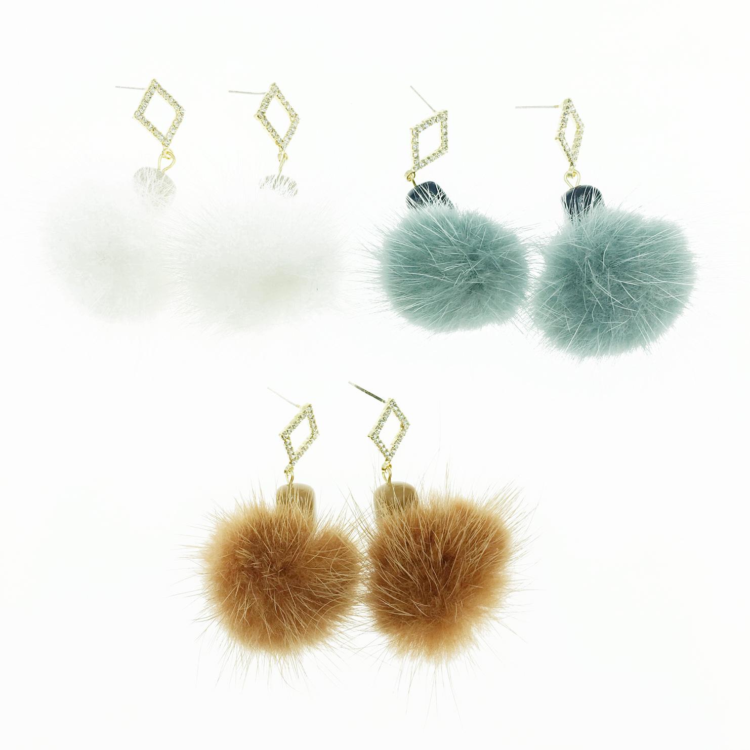 韓國 925純銀 毛球 簍空菱形水鑽 3色 垂墜感 耳針式耳環