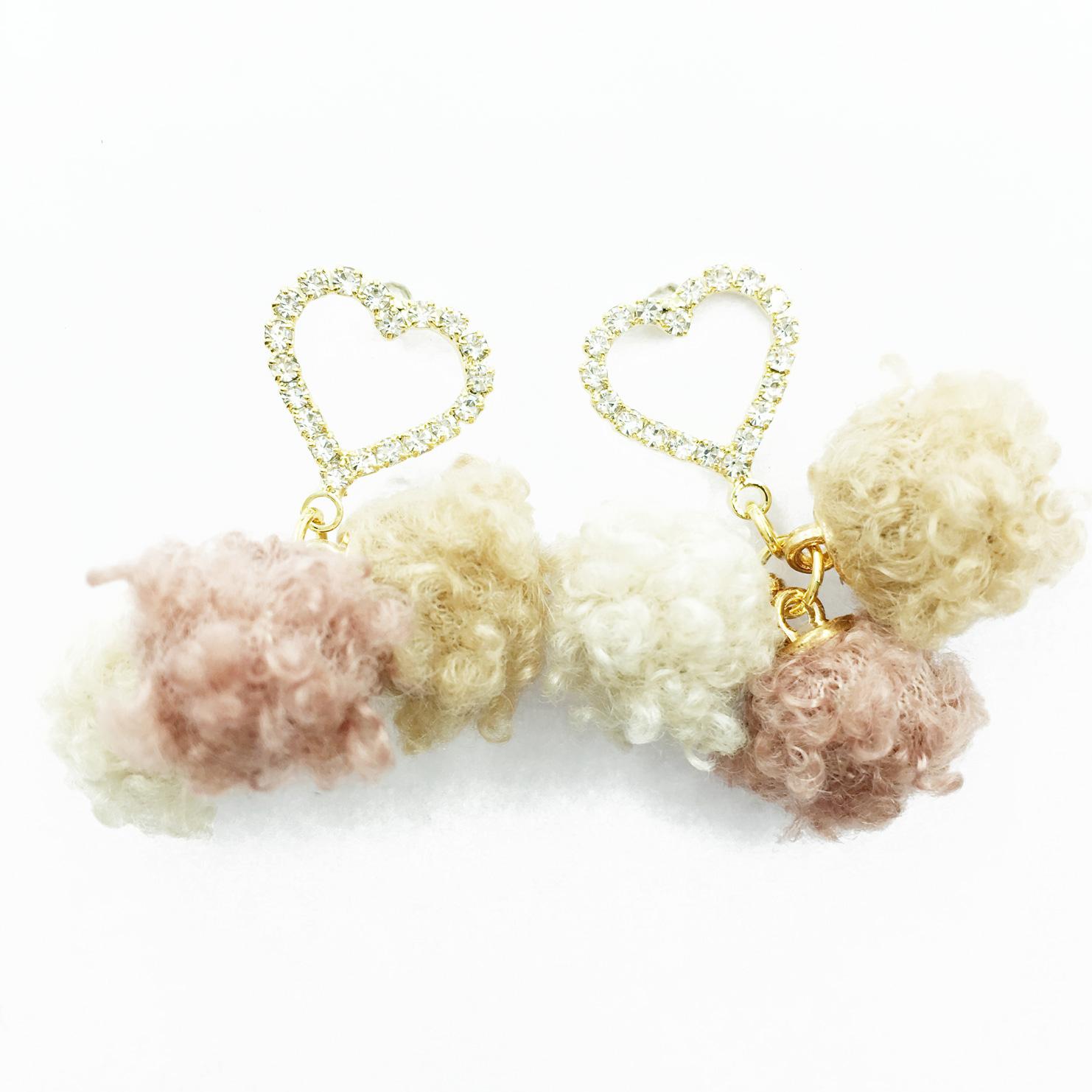 韓國 925純銀 簍空愛心水鑽 毛線球 甜美風 垂墜感 耳針式耳環