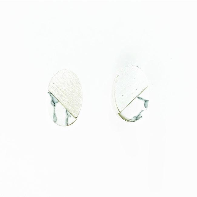 韓國 925純銀 大理石 霧銀 橢圓形 耳針式耳環
