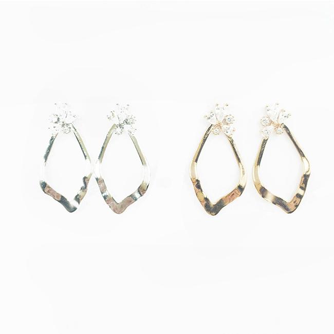 韓國 925純銀 簍空水滴造型 水鑽 2色 垂墜感 耳針式耳環