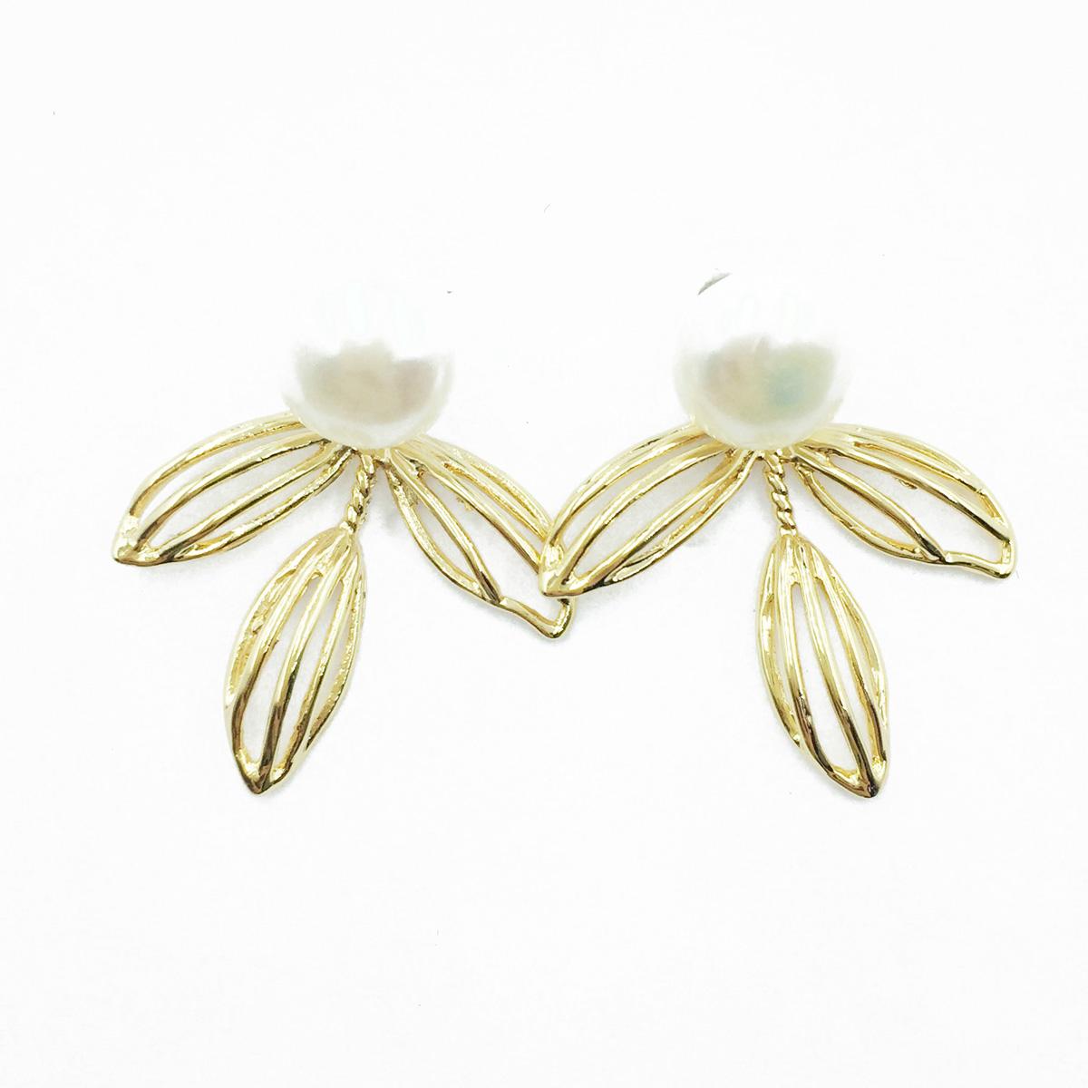 韓國 925純銀 簍空金葉子 珍珠 精緻 耳針式耳環