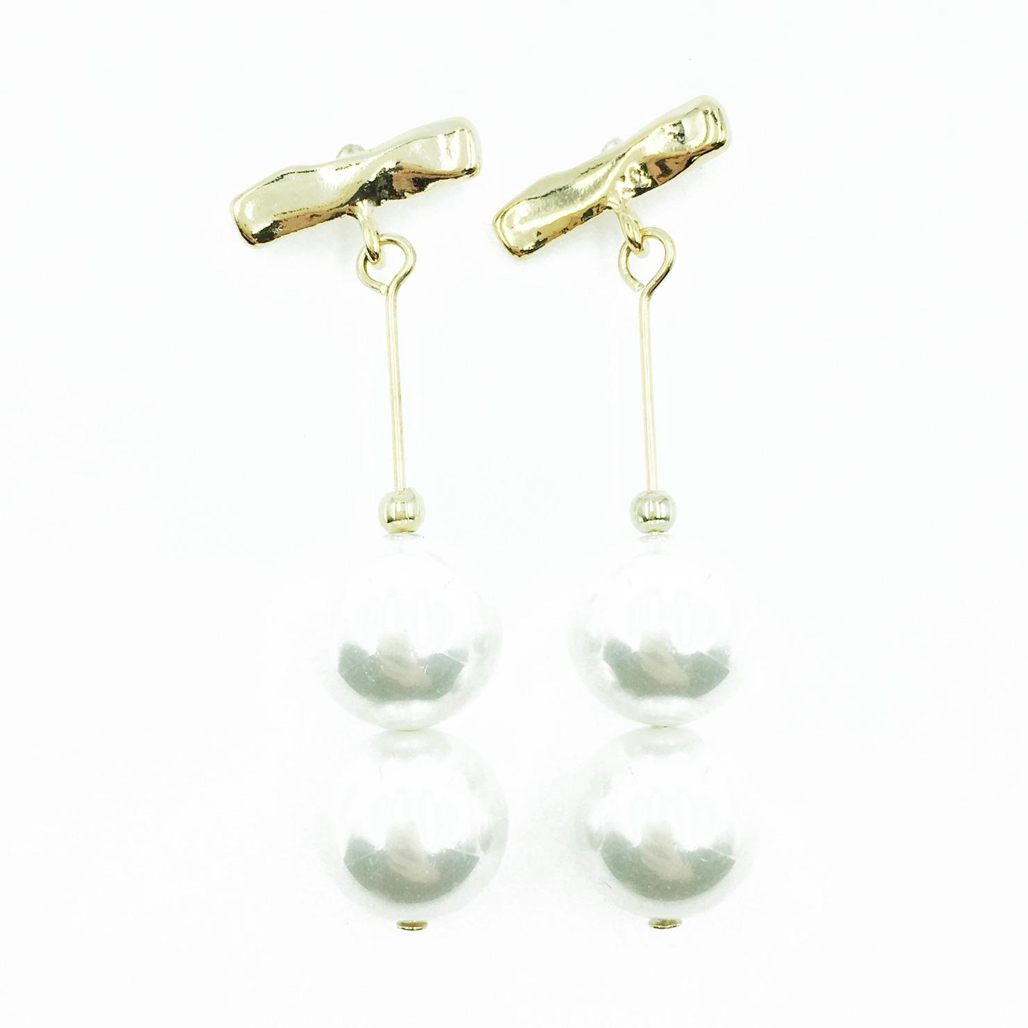 韓國 925純銀 珍珠 氣質優雅 垂墜感 耳針式耳環