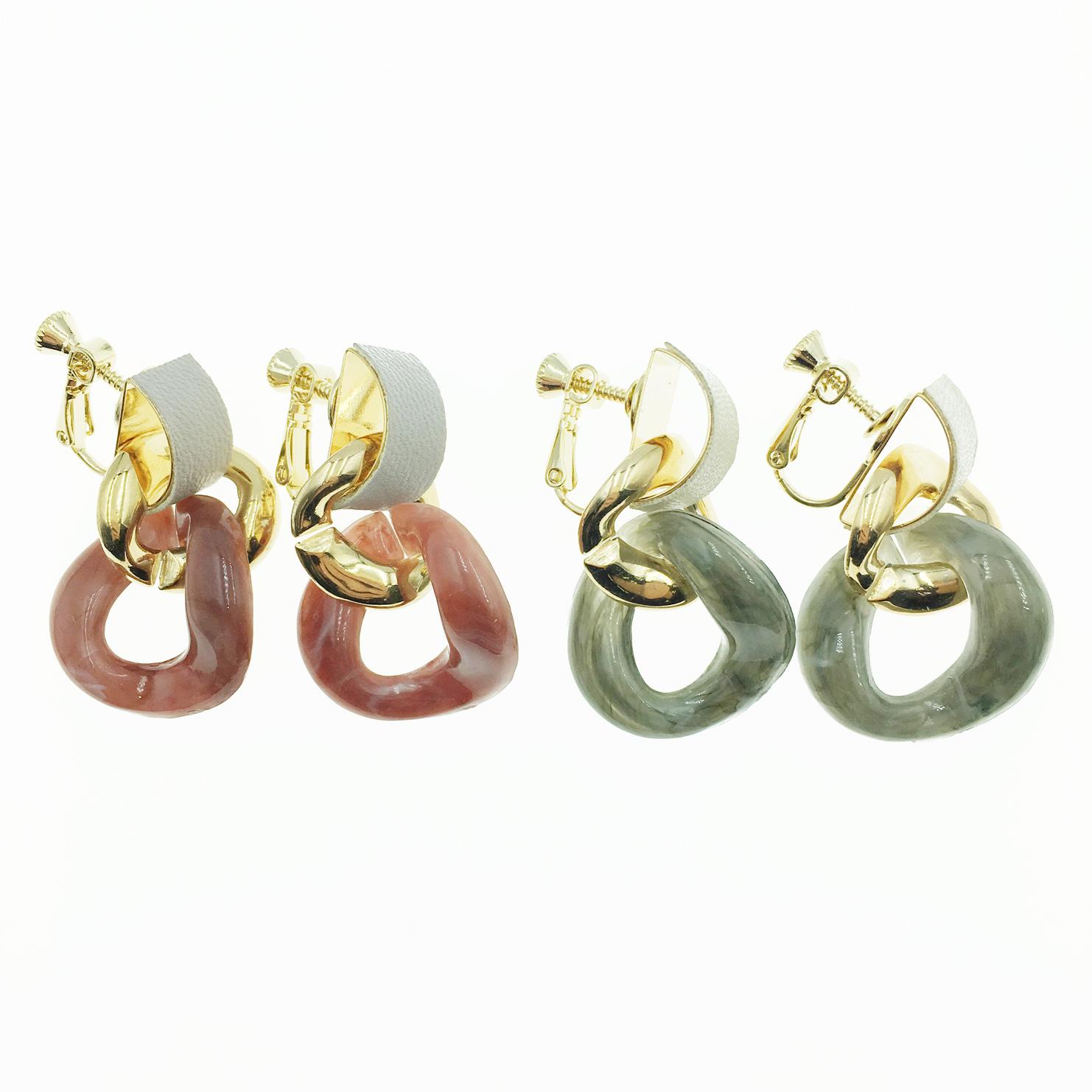 韓國 不規則簍空圓 流行款 2色 垂墜感 夾式耳環