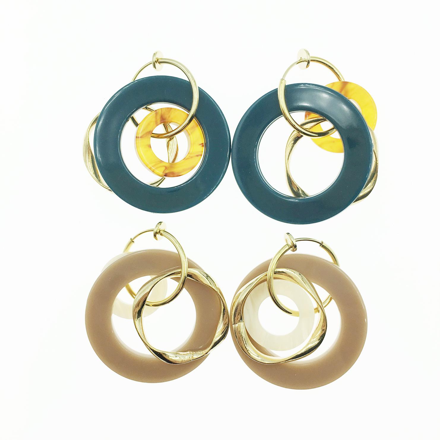 韓國 圓圈 圈圈 簍空 流行時尚款 2色 垂墜感 夾式耳環