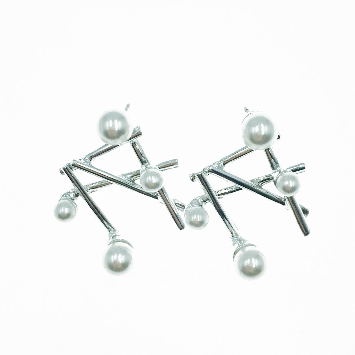 韓國 925純銀 珍珠 不規則重疊金屬條 耳針式耳環