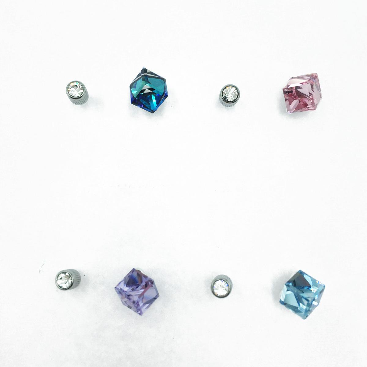 不鏽鋼 立體方塊 透色水晶 圓鑽 4色 後轉式針式耳環