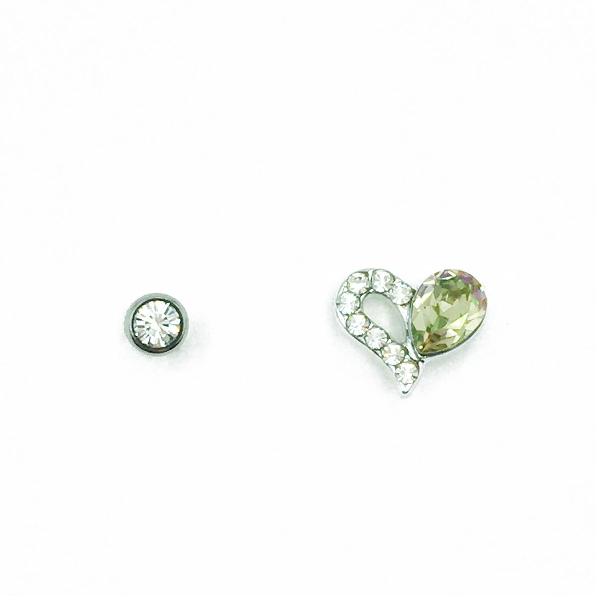 不鏽鋼 半簍空愛心 水鑽 後轉式針式耳環