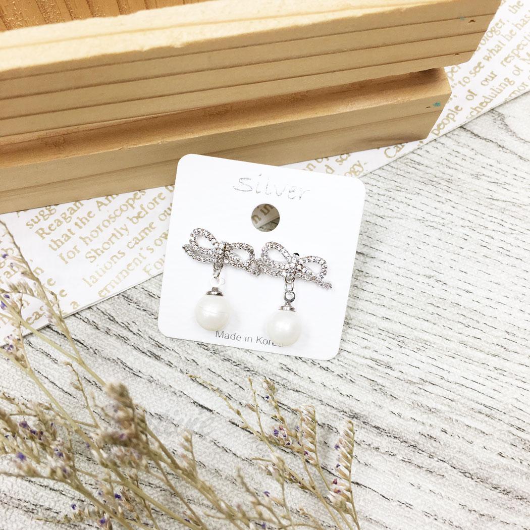 韓國 925純銀 水鑽 珍珠 蝴蝶結 垂墜感 耳針式 耳環