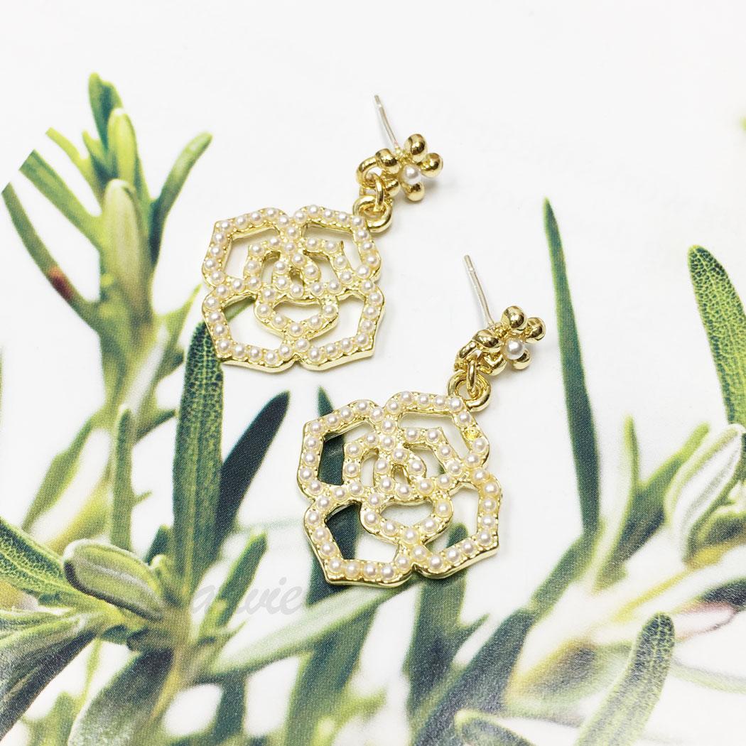 韓國 925純銀 珍珠 簍空 玫瑰花 花朵 垂墜感 耳針式 耳環