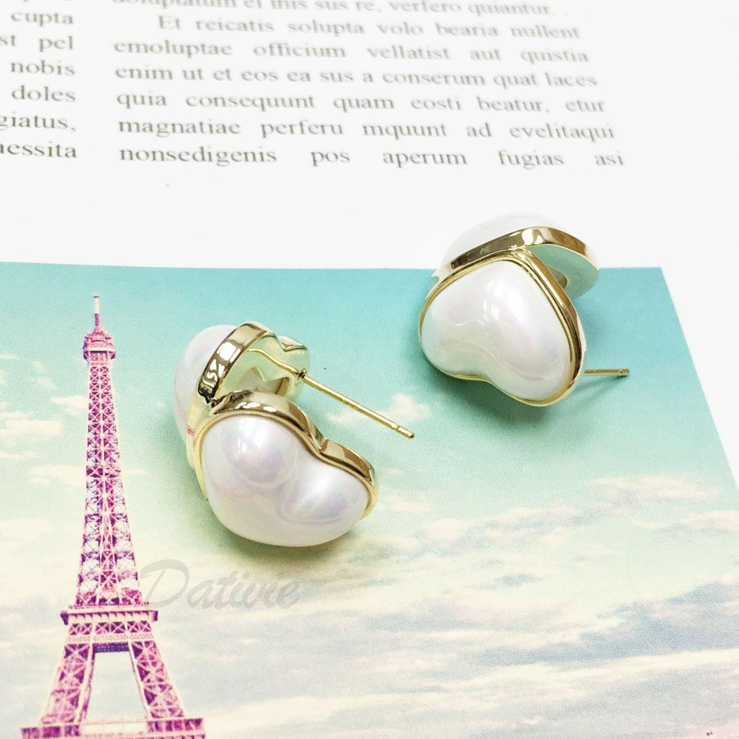 韓國 925純銀 珍珠 愛心 金邊 耳針式 耳環