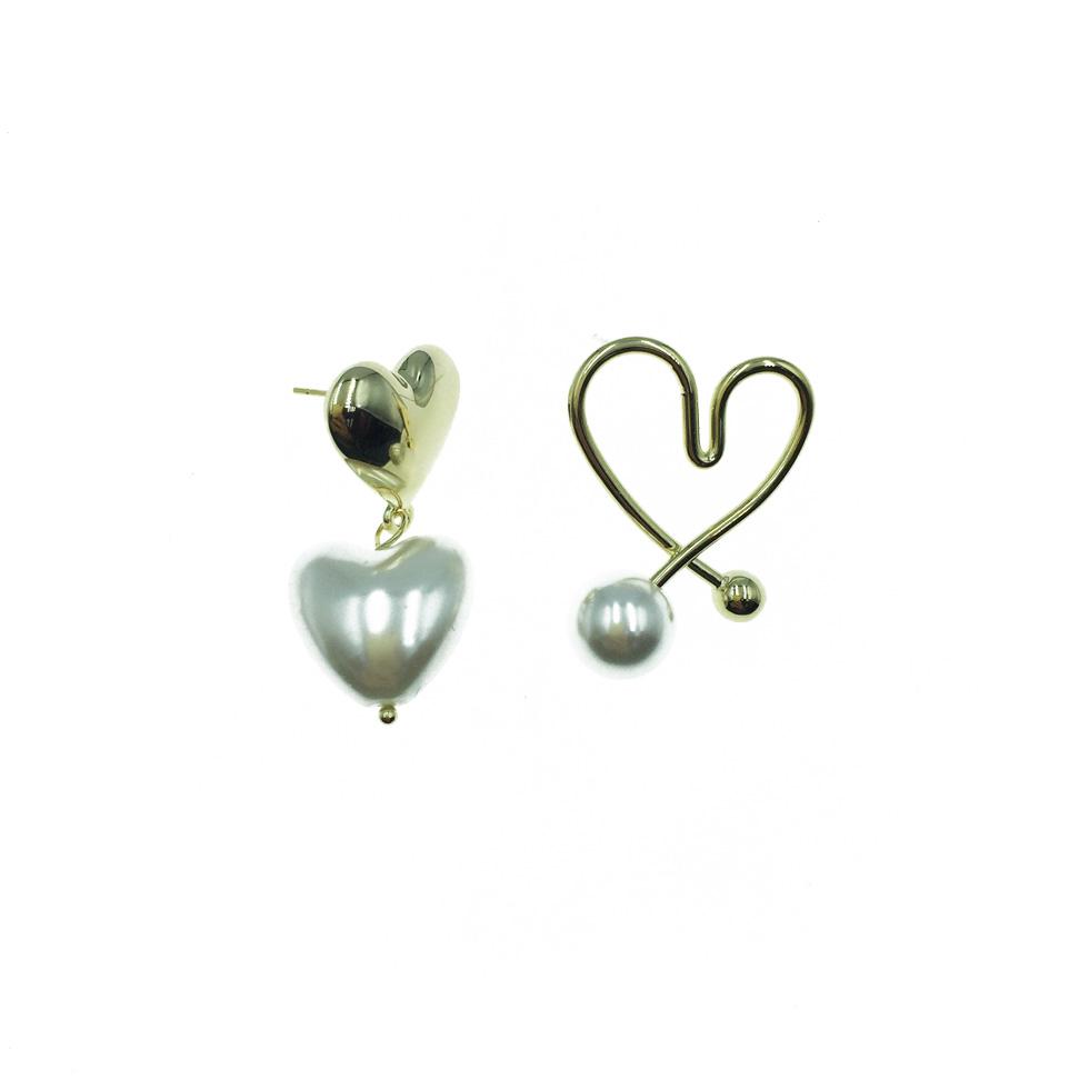 韓國 925純銀 愛心珍珠 線條心形 不對稱 金色 可愛 耳針式 耳環