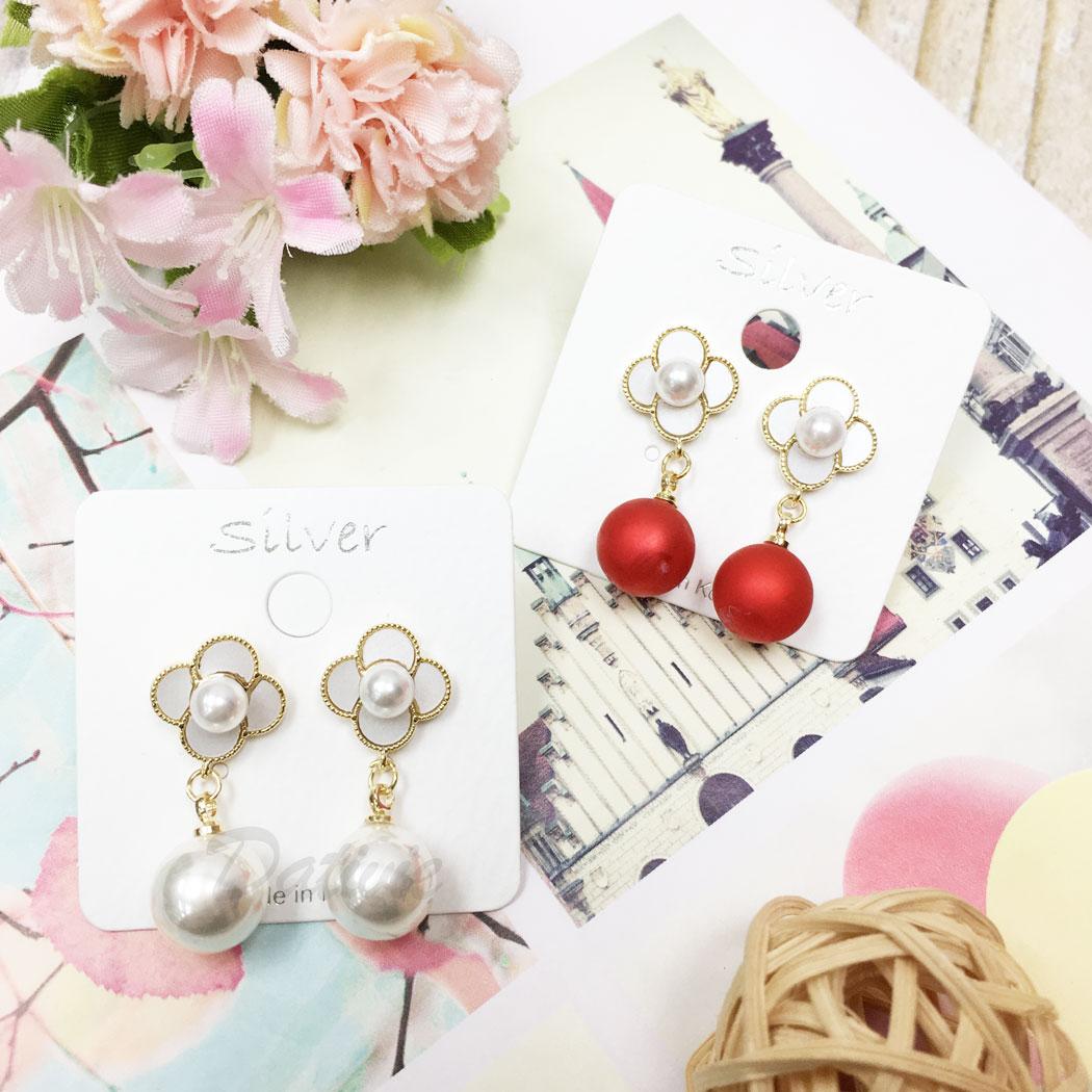 韓國 925純銀 珍珠 花朵 金邊 兩色 垂墜感 耳針式 耳環