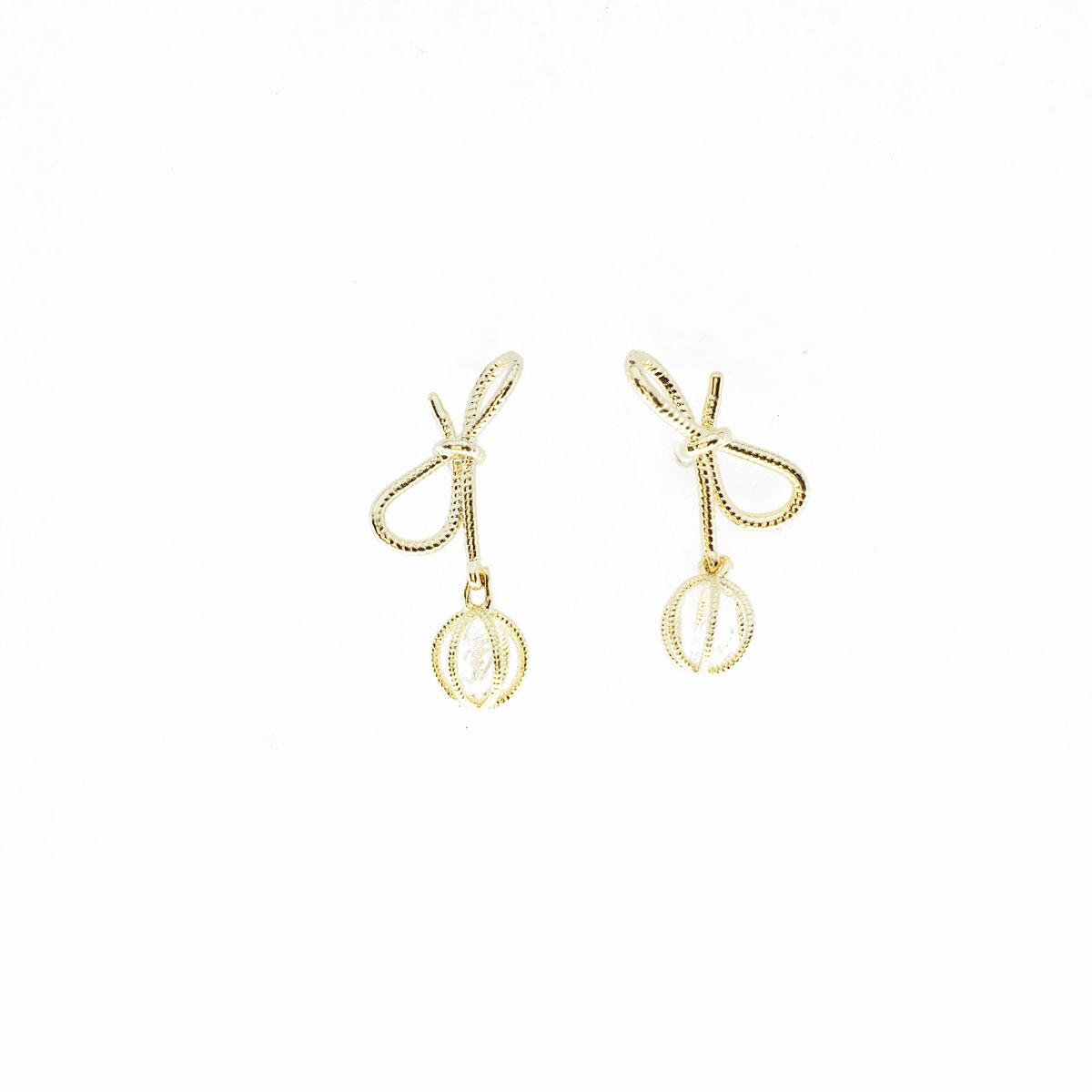 韓國 925純銀 水鑽 蝴蝶結 簍空 耳針式 耳環