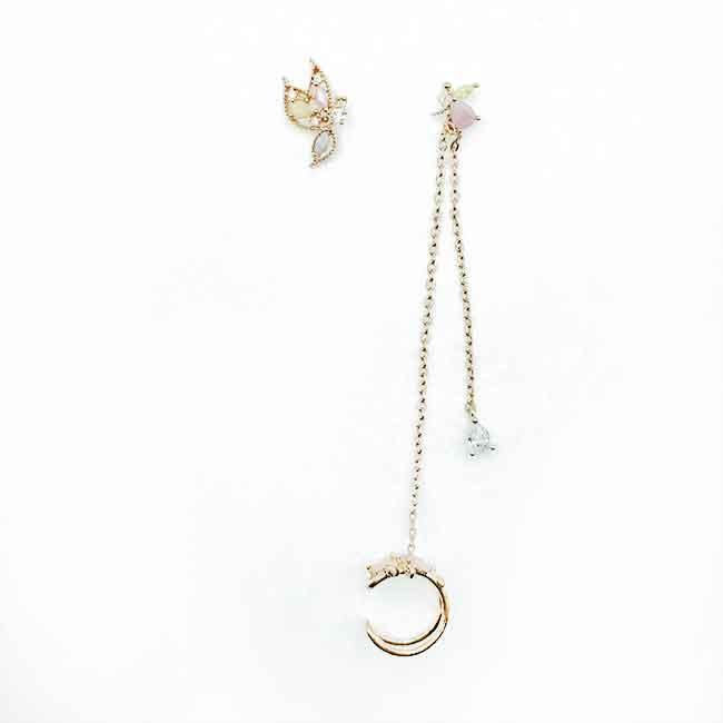 韓國 925純銀 不對稱 水鑽 蝴蝶 耳骨夾 耳針式耳環
