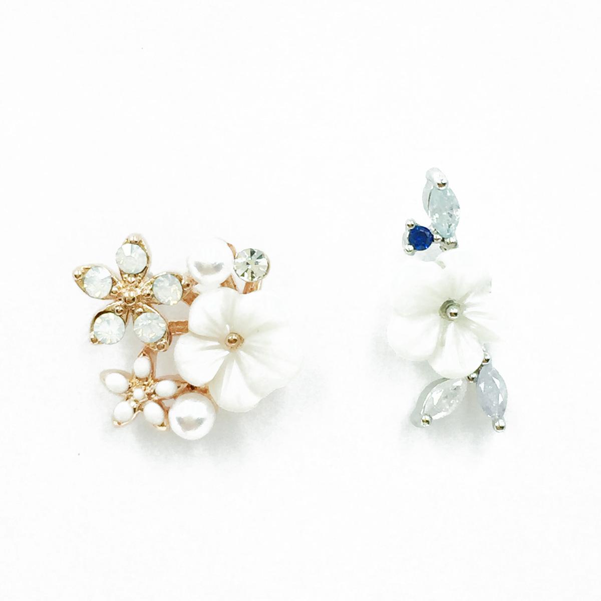 韓國 不鏽鋼 水鑽 小白花 珍珠 單支後轉 耳針式耳環