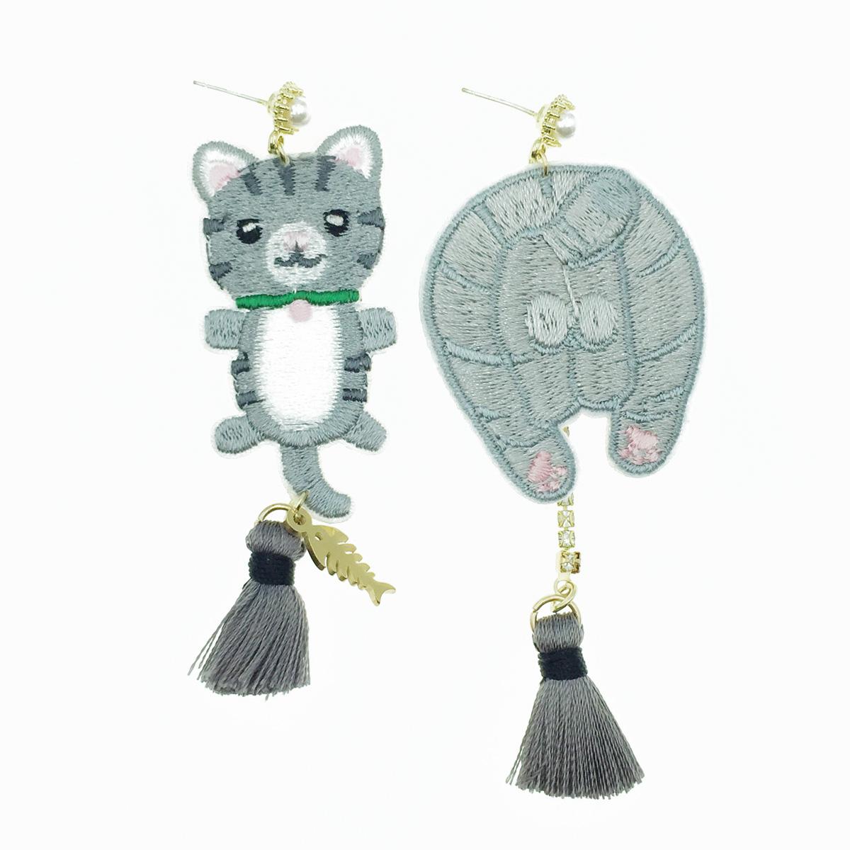 韓國 925純銀 貓 燙布貼 魚骨 不對稱 垂墜感 耳針式耳環