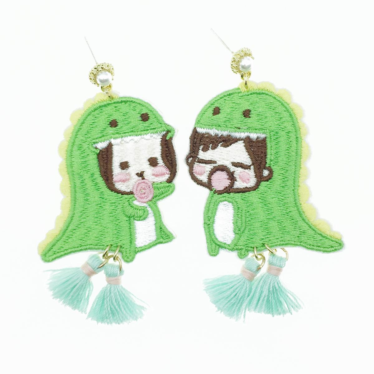 韓國 925純銀 燙布貼 恐龍裝扮 珍珠流蘇 垂墜感 耳針式耳環