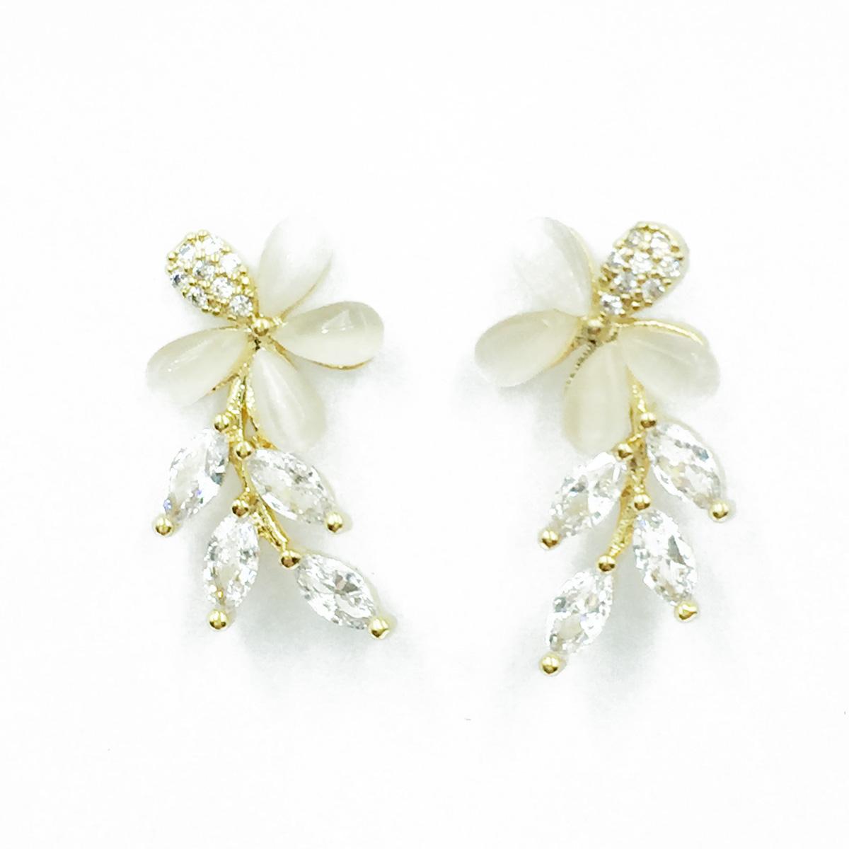 韓國 925純銀 水鑽 花 優雅 耳針式耳環