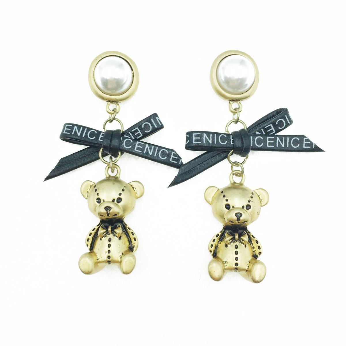 韓國 925純銀 珍珠 皮質 蝴蝶結 金屬 立體 小熊  垂墜感 耳針式耳環
