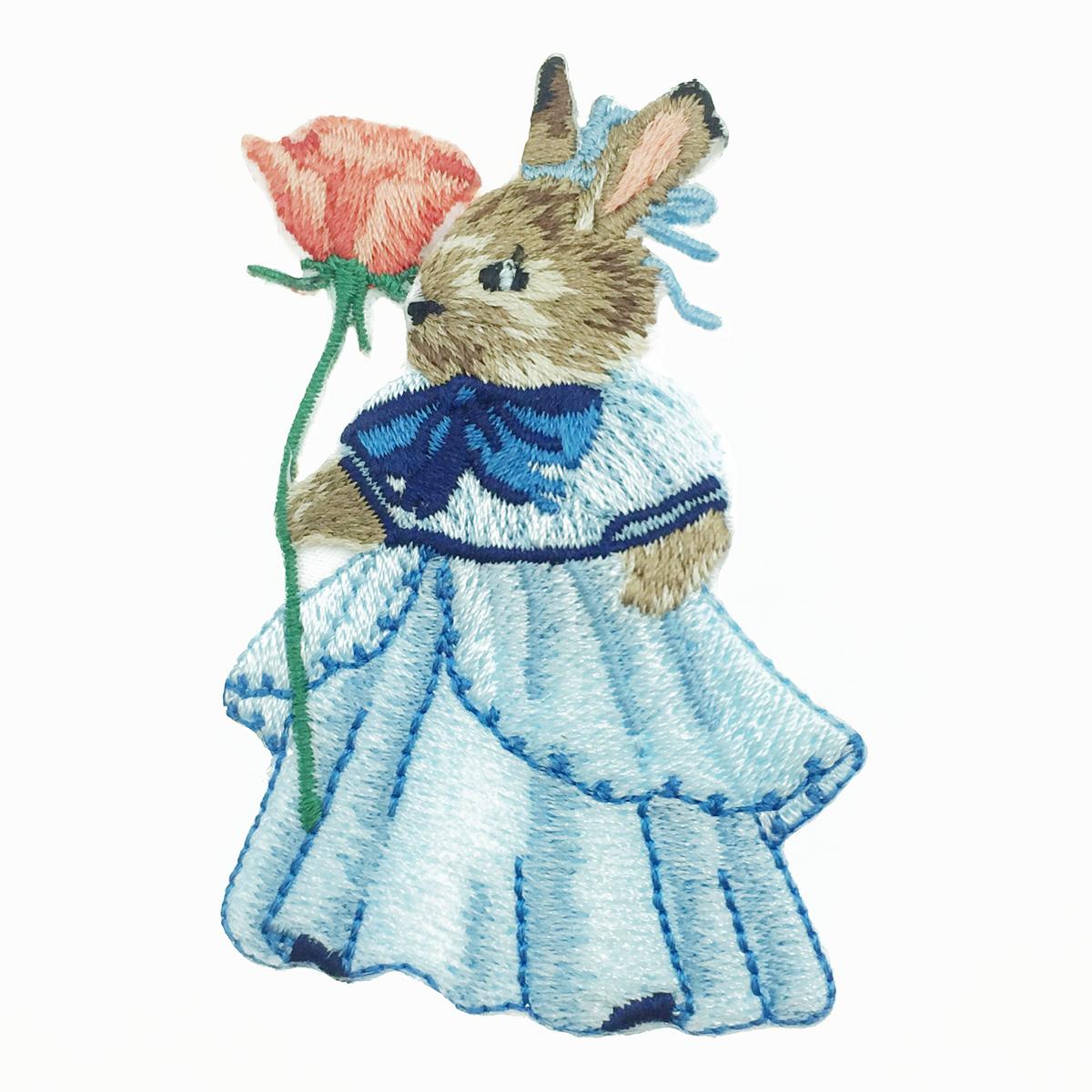 韓國 刺繡 燙布貼 洋裝兔子 花 胸針 別針