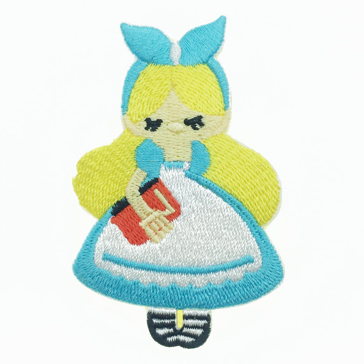 韓國 愛麗絲夢遊仙境 愛麗絲 燙布貼 胸針 別針