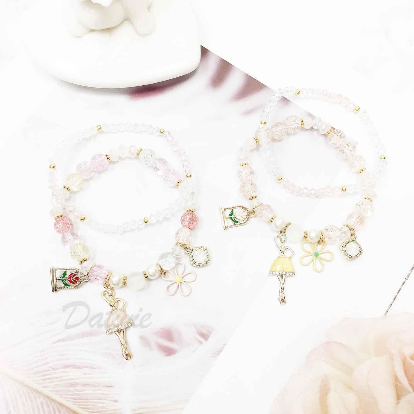 簍空花瓣 水鑽 芭蕾舞女孩 串珠 墜飾 兩入組 手飾 手環 手鍊
