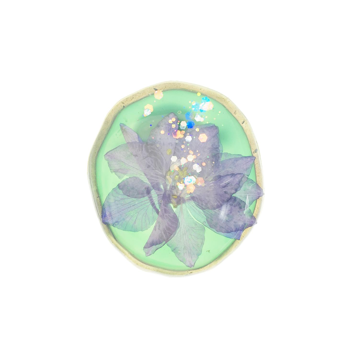 韓國 乾燥花 紫花 亮片 綠底 胸針 別針
