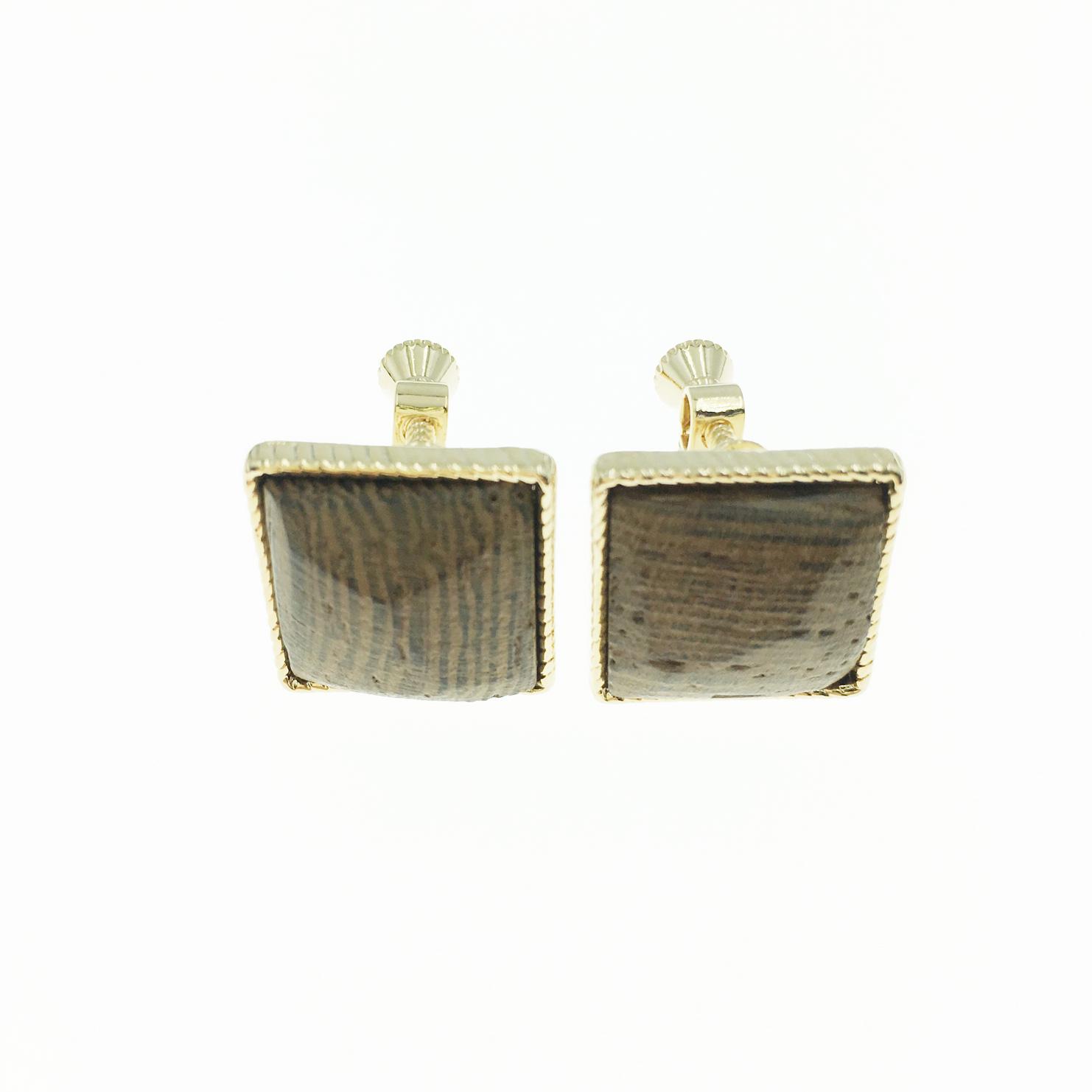 韓國 正方形 咖啡色 木頭紋 金邊 復古 夾式耳環