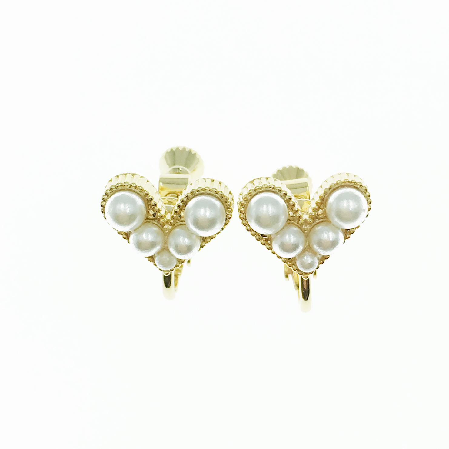 韓國 珍珠 愛心 金邊金框 氣質甜美 夾式耳環