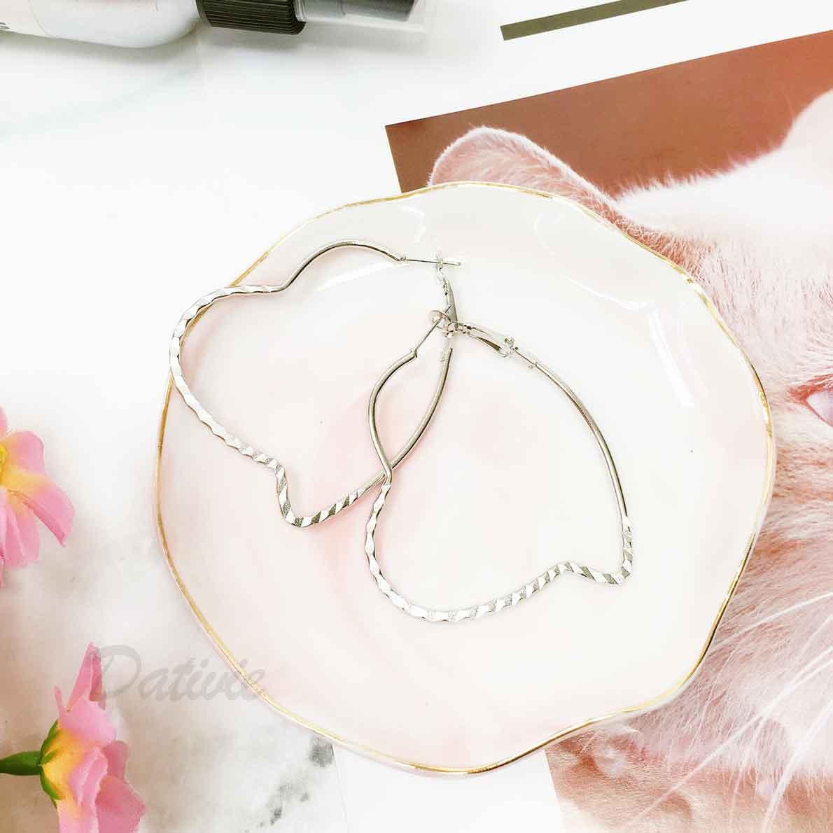 簍空造型 歐美金屬約 簡約款 銀色 耳針式耳環