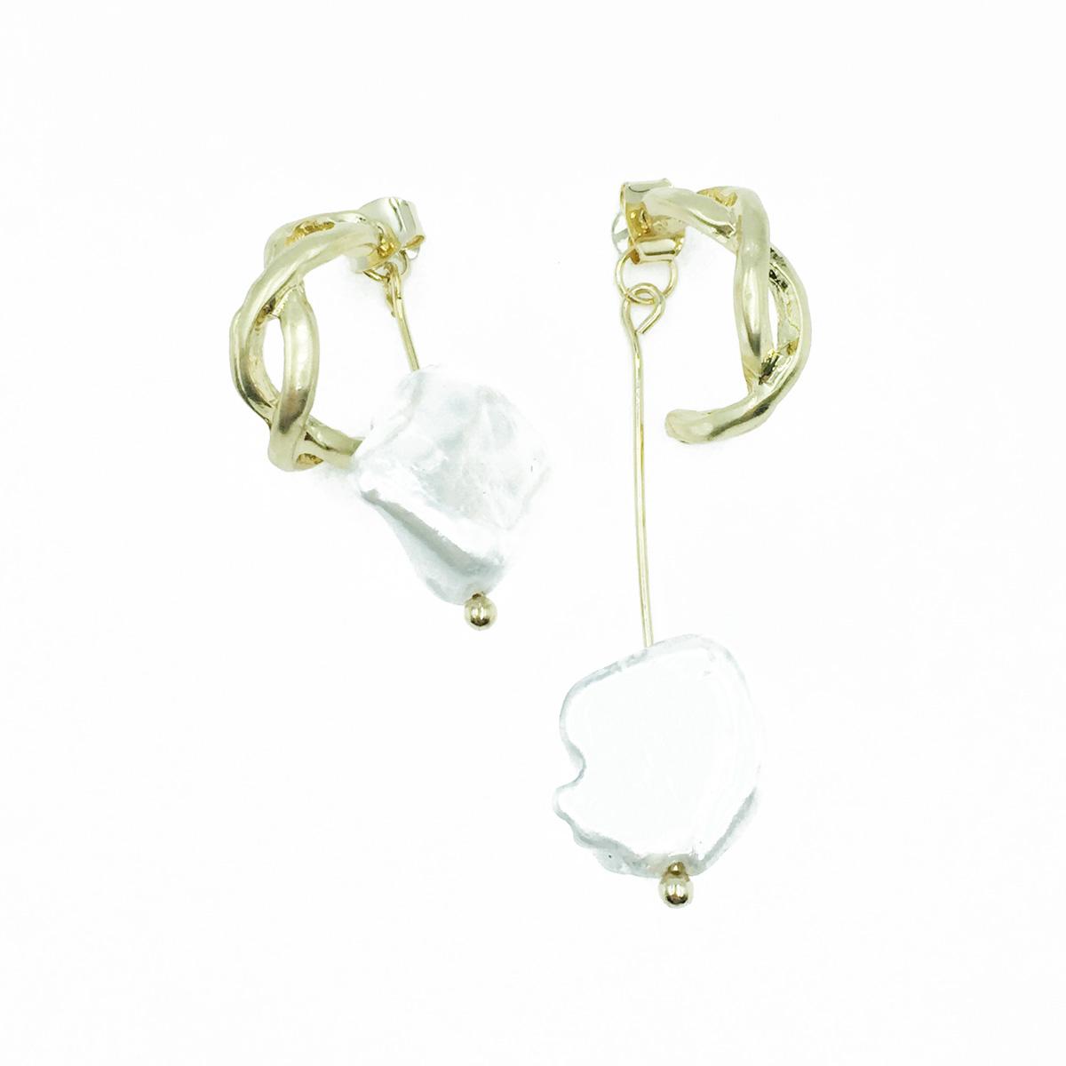 韓國 簍空麻花 C環圈 不規則 垂墜感 耳針式耳環