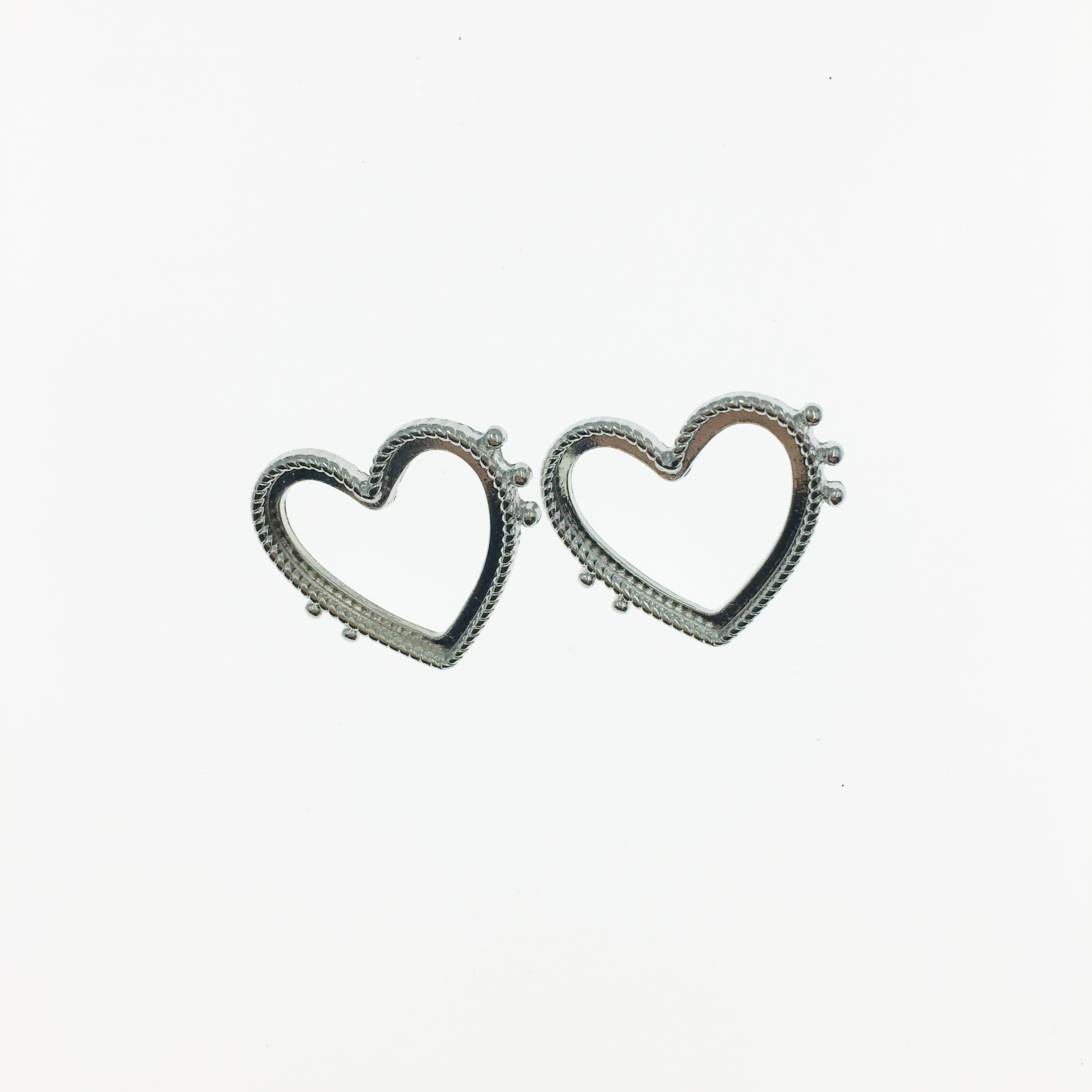 韓國 愛心 金屬  耳針式耳環