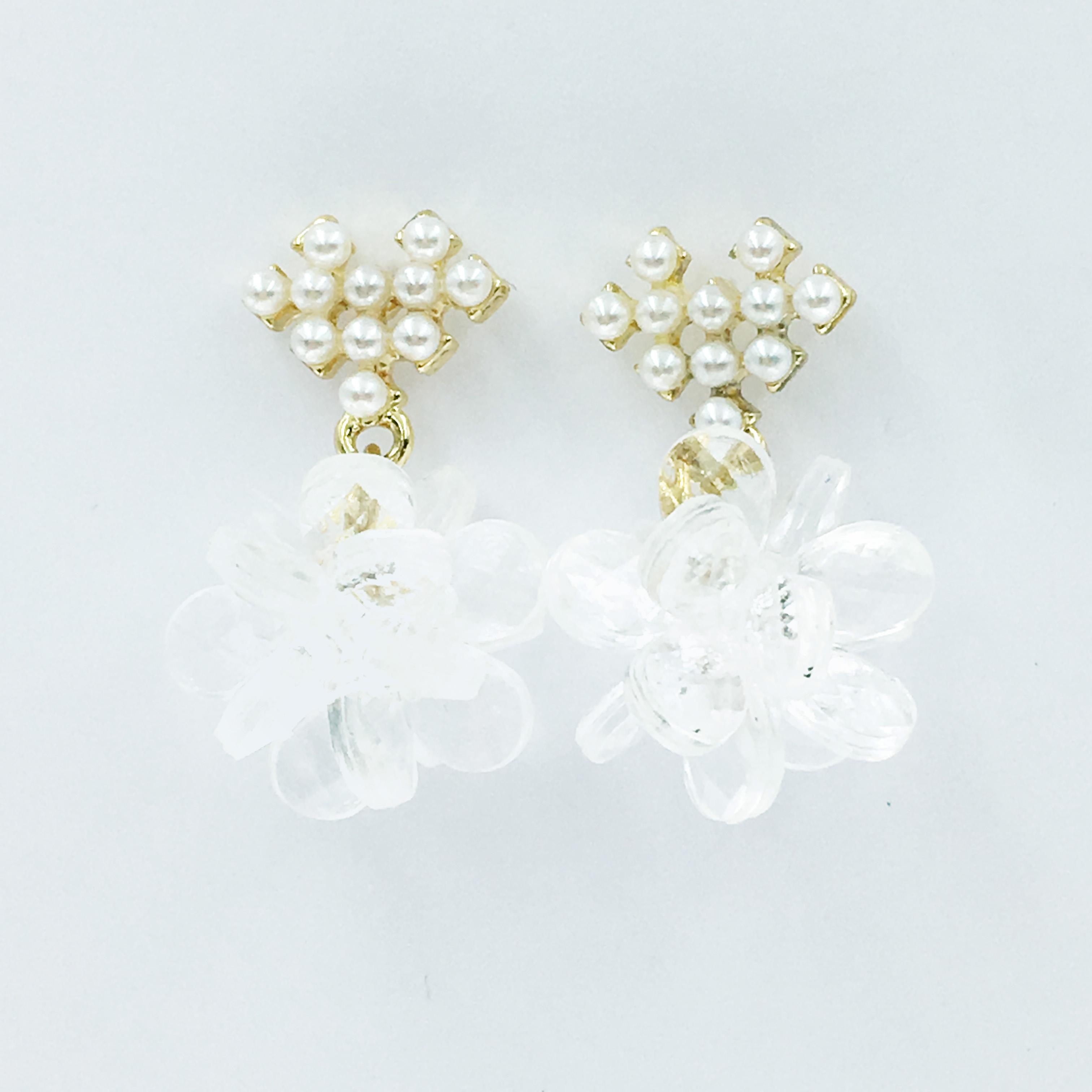 韓國 珍珠 立體 金邊 垂墜感 耳針式耳環