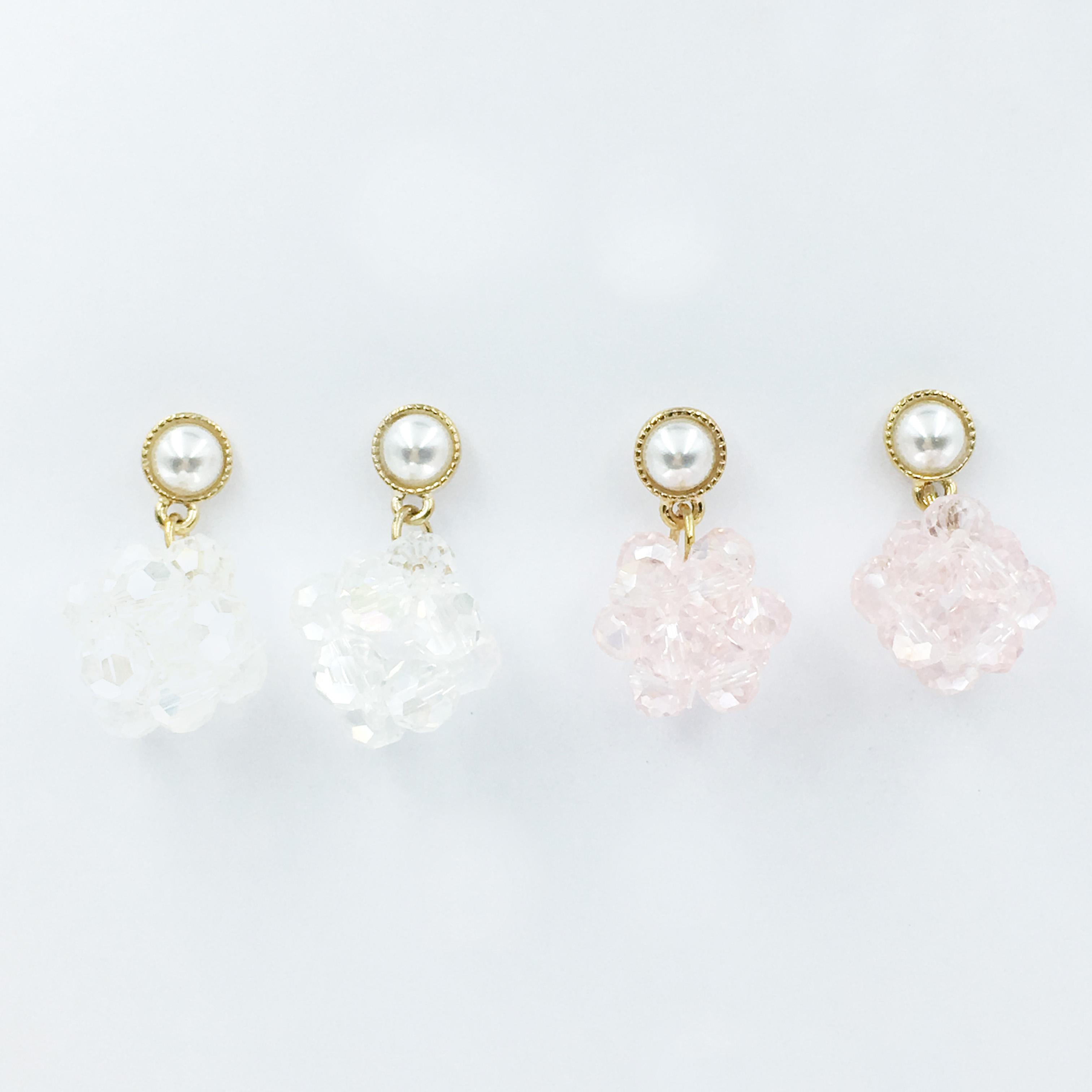 韓國 珍珠 立體珠珠 兩色 垂墜感 耳針式耳環