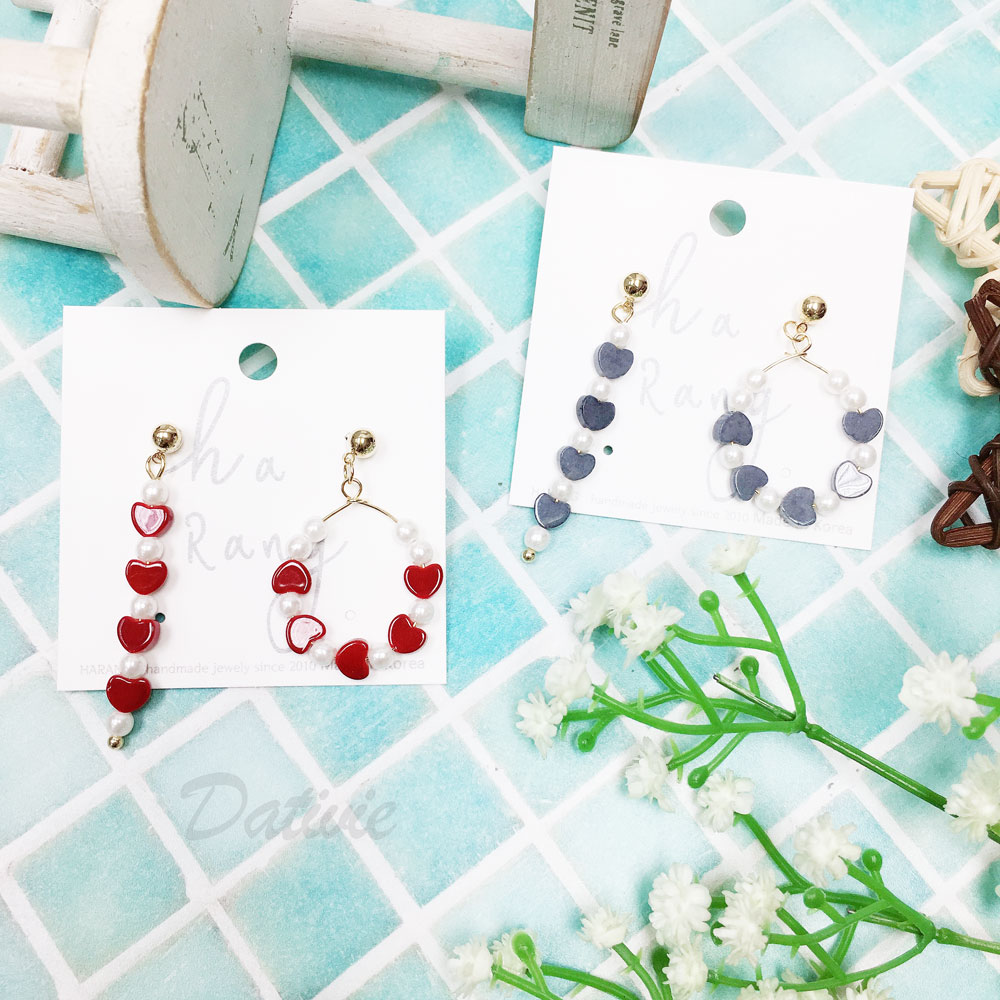 韓國 珍珠 愛心 不對稱 金邊 兩色 垂墜感 耳針式 耳環