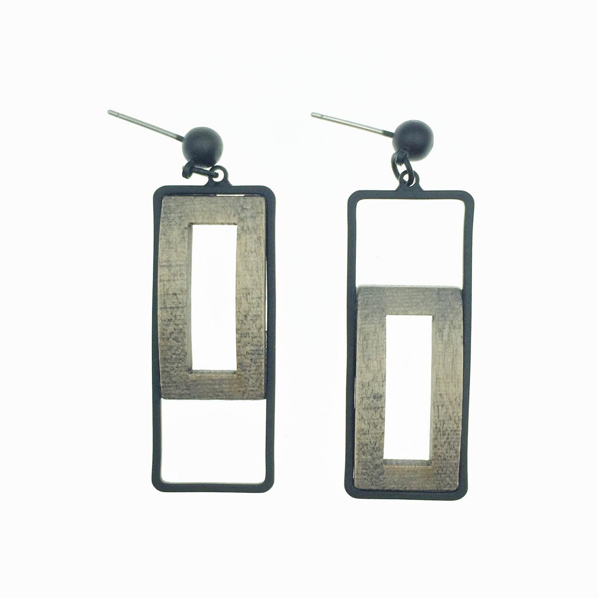 韓國 簍空 木頭感 長方形 垂墜感 耳針式耳環