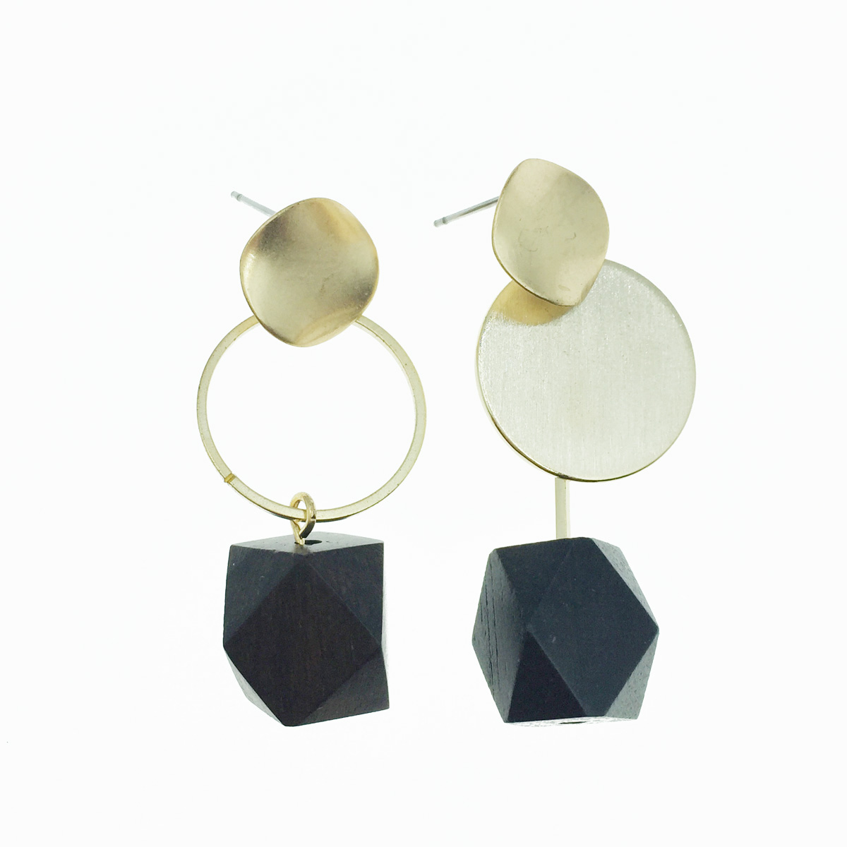 韓國 不規則 木頭感 簍空 垂墜感 耳針式耳環