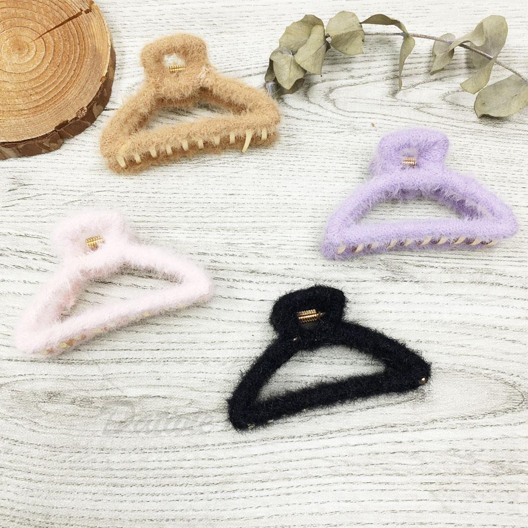 韓國 毛毛 簍空 四色 鯊魚夾 髮夾 髮飾