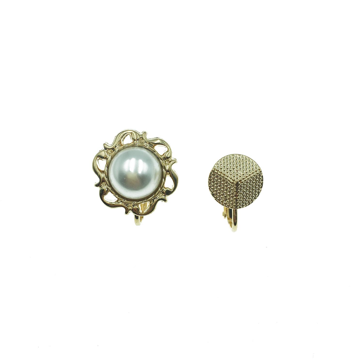 韓國 珍珠 金邊 鈕扣 太陽 不對稱 夾式耳環