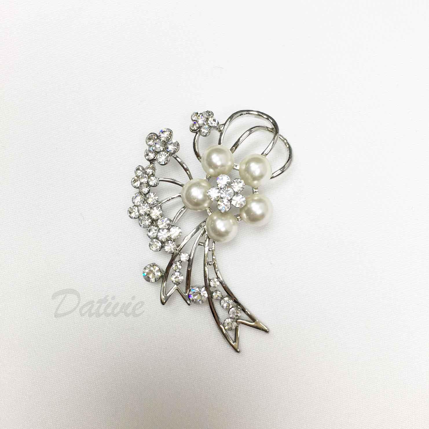 珍珠 水鑽 小花朵 緞帶 單個 胸針