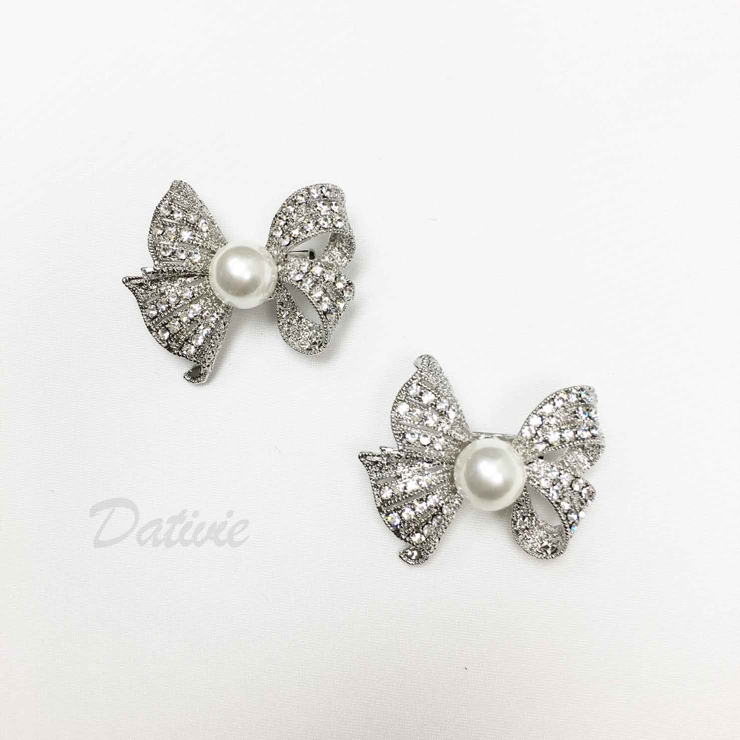 蝴蝶結 緞帶 不對稱 珍珠 水鑽 二入一組 胸針