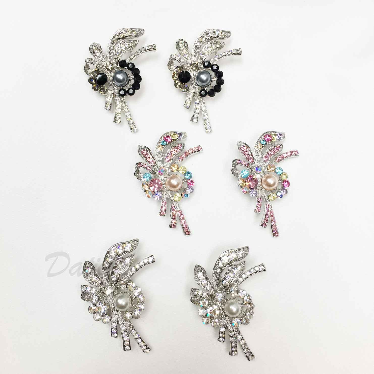 羽毛 彩色水鑽 黑鑽 珍珠 不對稱 三色 二入一組 胸針