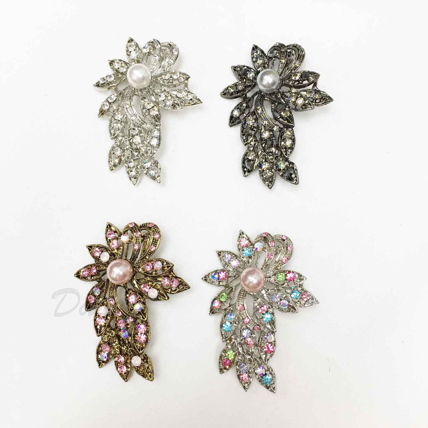 花朵 珍珠 彩色水鑽 白鑽 金色 鐵灰 四色 單個 胸針