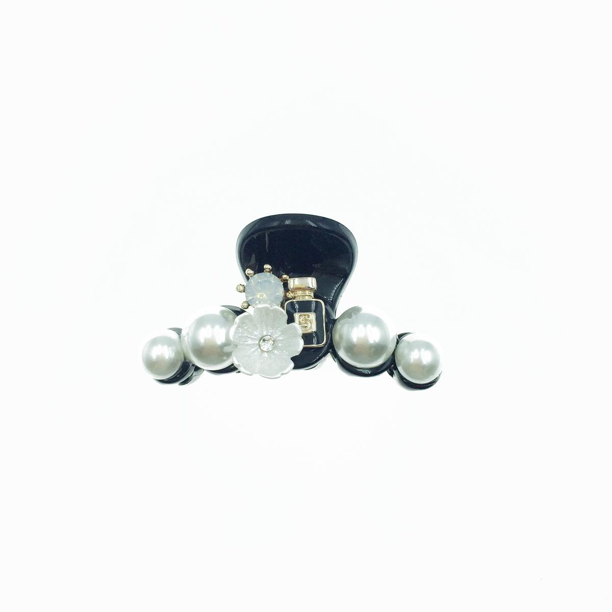 韓國 5號 黑色小香水 小花朵 白花 水鑽 白鑽 珍珠 小鯊魚夾 髮夾 髮飾