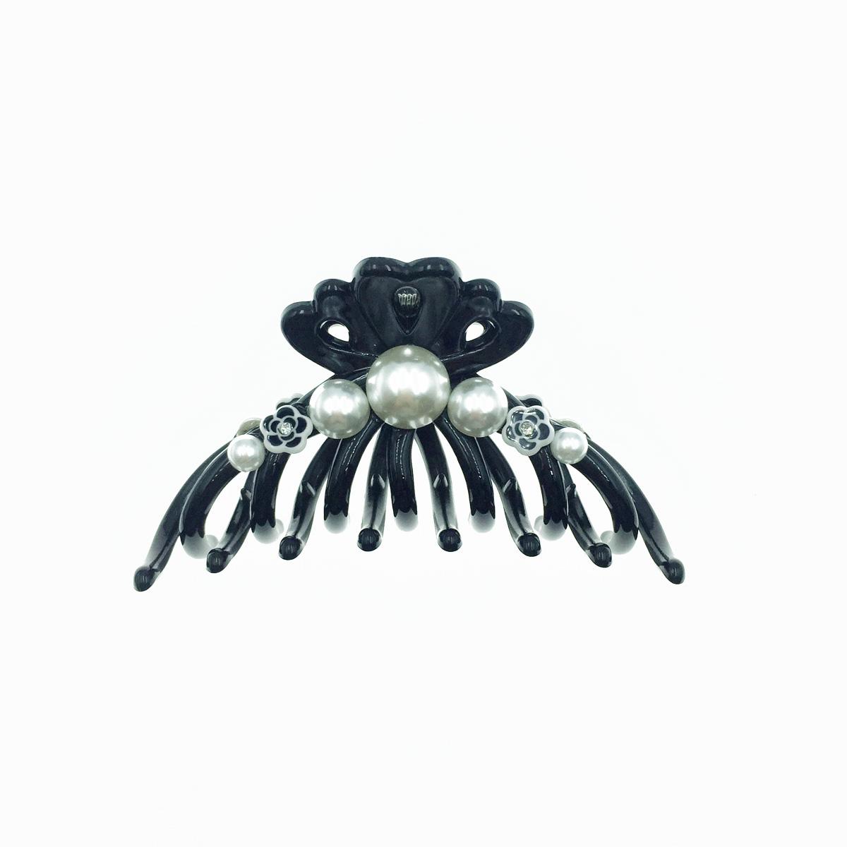 韓國 珍珠 黑色小花朵 花花點綴 大鯊魚夾 髮夾 髮飾