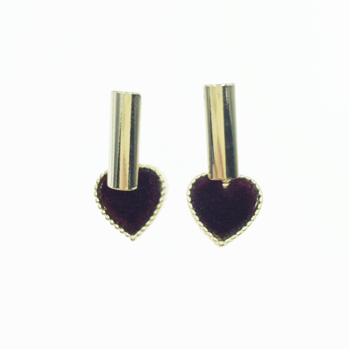韓國 愛心 絨布 金邊 垂墜感 耳針式耳環