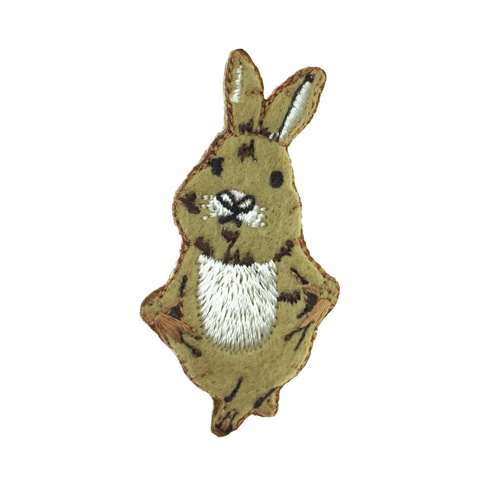 韓國 燙布 可愛兔子 衣帽針 別針