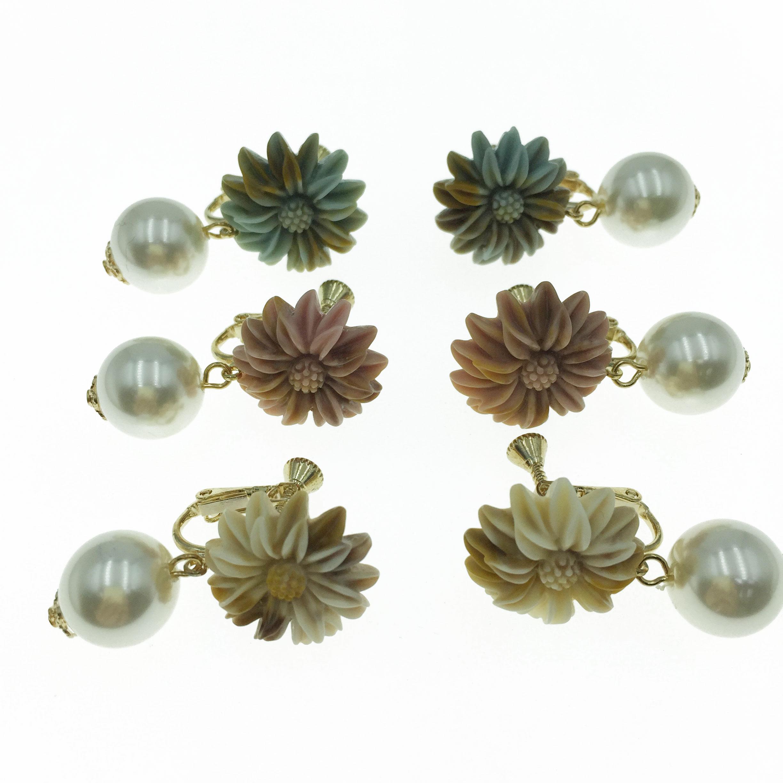韓國 珍珠 花朵 三色 垂墜感 夾式 耳環