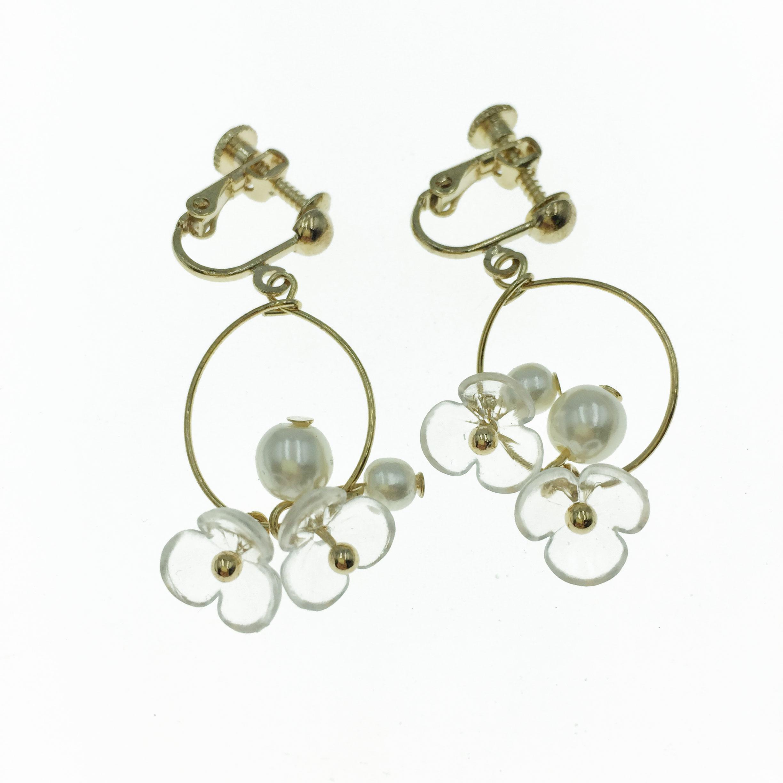 韓國 珍珠 花朵  垂墜感 夾式 耳環