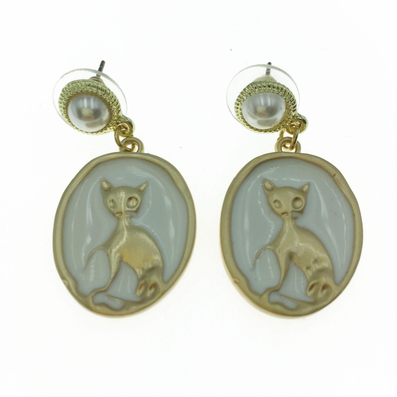 925純銀  珍珠 金屬 貓咪 造型 耳針式耳環